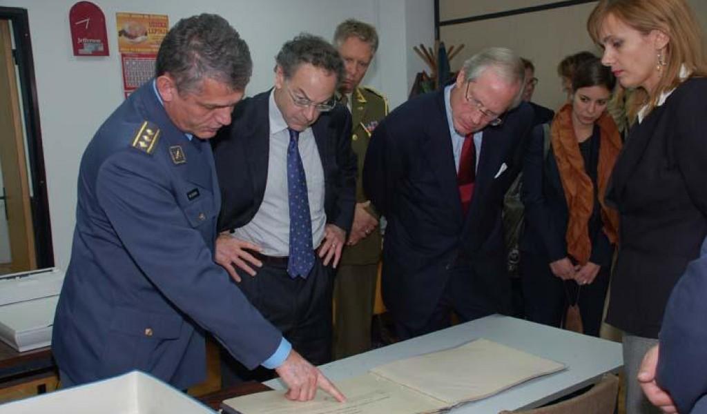 Delegacija The Rockefeller Brothers Fund u poseti Vojnom arhivu