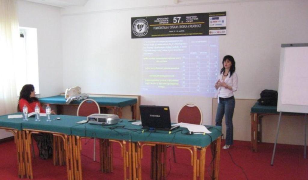 Istraživač Anita Đorđević na 57 Naučno stručnom skupu psihologa Srbije Sabor 2009