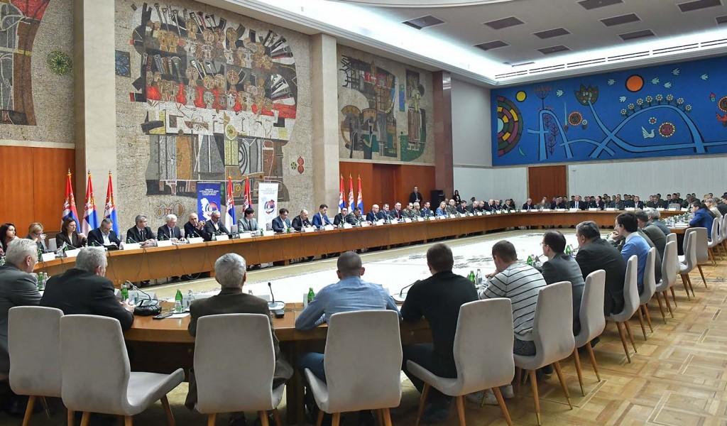 Delegacija Instituta za strategijska istraživanja na okruglom stolu Političko bezbednosni aspekti kosovsko metohijskog problema