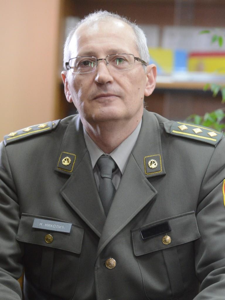 vanredni profesor pukovnik dr Nikolić Nebojša Načelnik Odeljenja za studije odbrane
