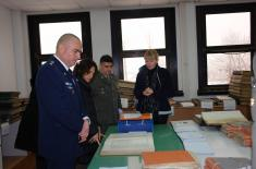 Delegation of Israeli Memorial visits Military Archive