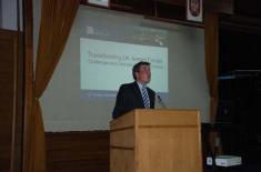 Предавање др Едмундса о реформи Војске Велике Британије